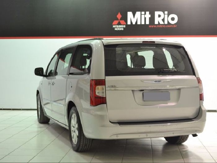 Foto 1: Chrysler Town & Country 2012