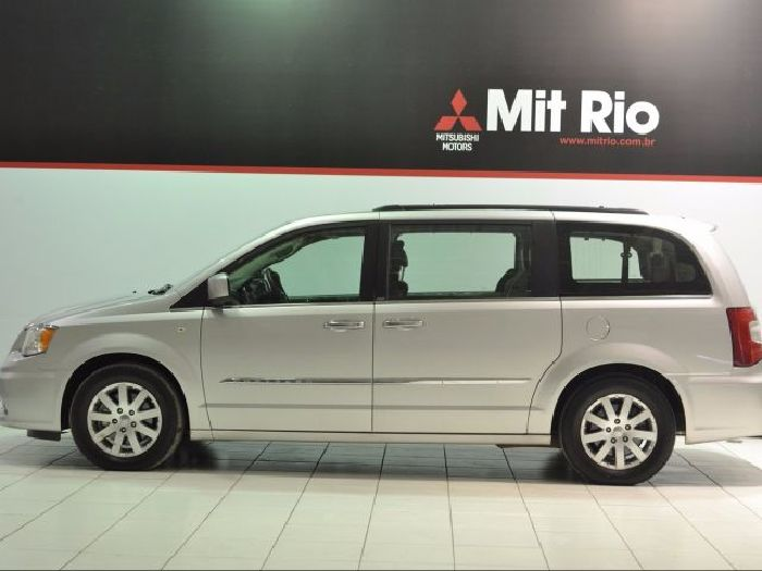 Foto 3: Chrysler Town & Country 2012