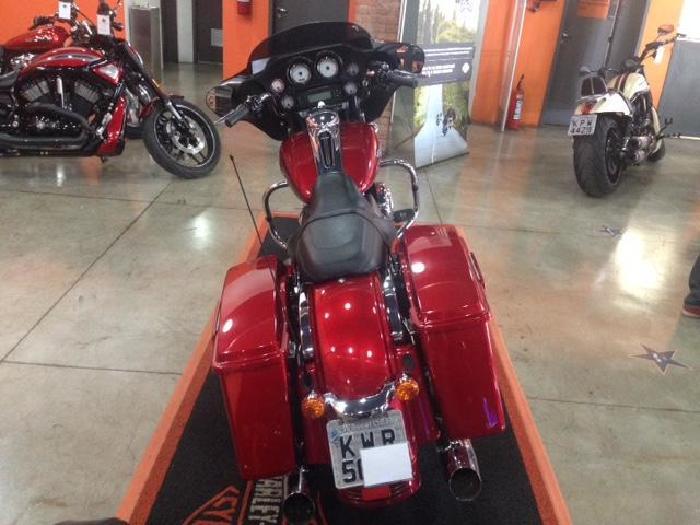 Foto 3: Harley-Davidson Street Glide 2013