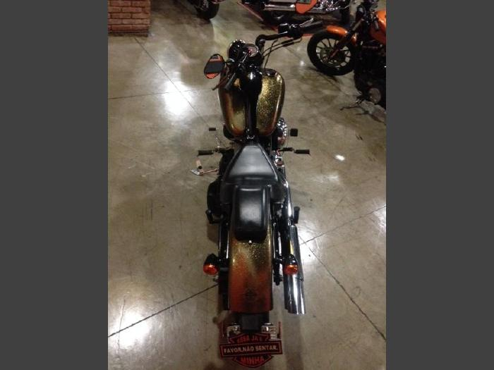 Foto 2: Harley-Davidson Softail Blackline 2013