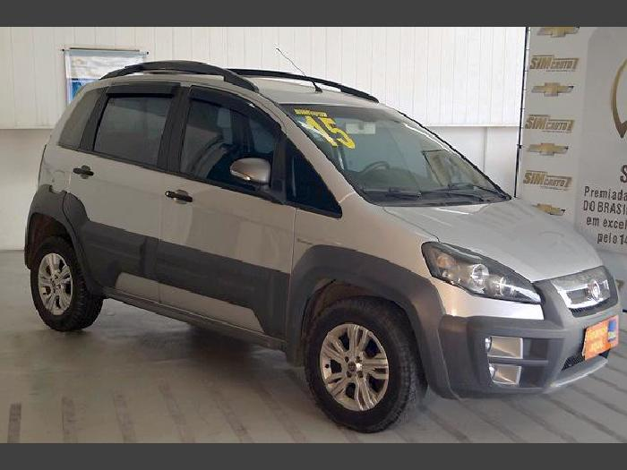 Fiat idea 2015 1 8 mpi adventure 16v flex 4p automatizado for Fiat idea adventure 1 8