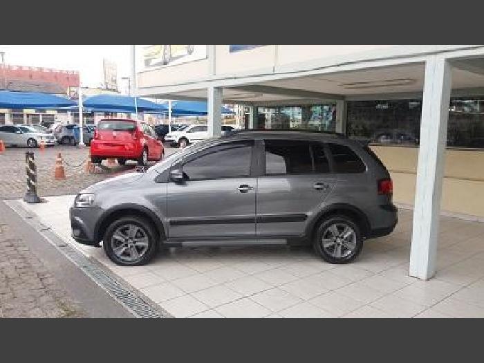 Foto 1: Volkswagen Space Cross 2012