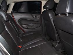 Foto 2: Ford Fiesta 2013