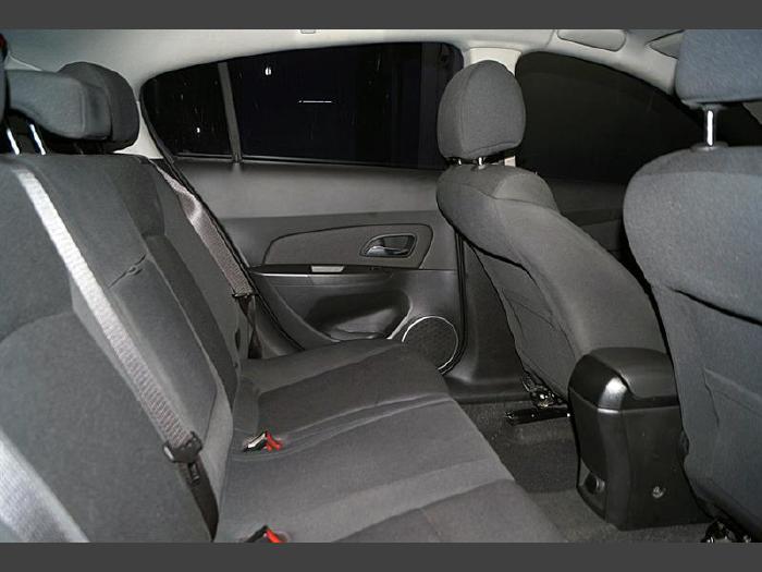 Foto 1: Chevrolet Cruze 2012