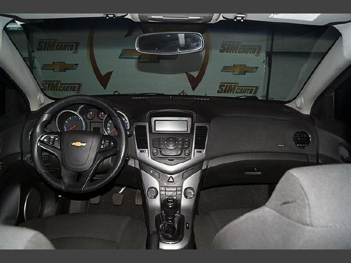 Foto 4: Chevrolet Cruze 2012