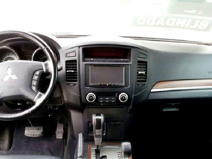 Foto 4: Mitsubishi Pajero Full 2011