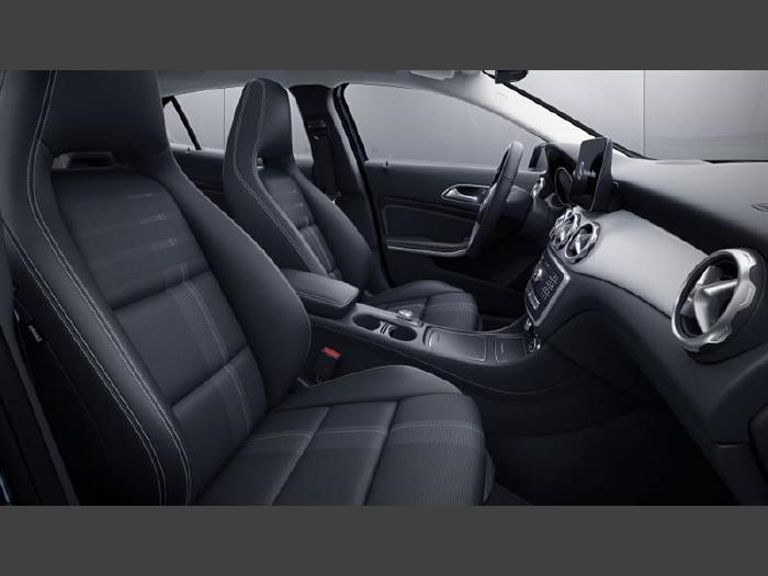 Foto 1: Mercedes-Benz GLA 250 2019