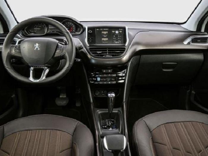 Foto 2: Peugeot 2008 2020