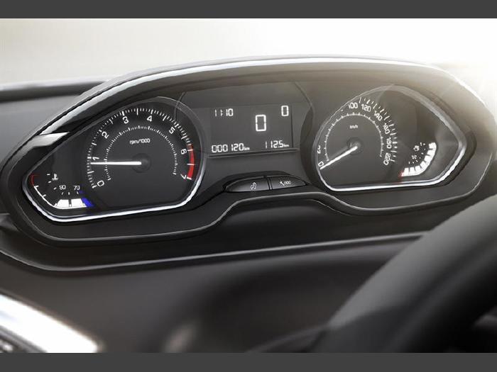 Foto 4: Peugeot 2008 2020
